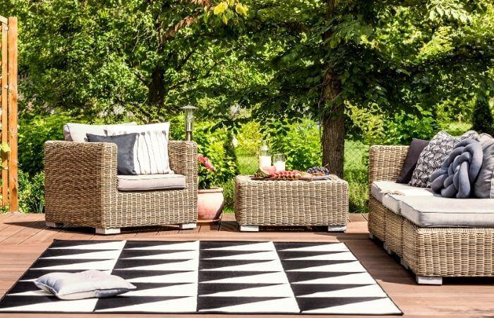 are outdoor rugs waterproof