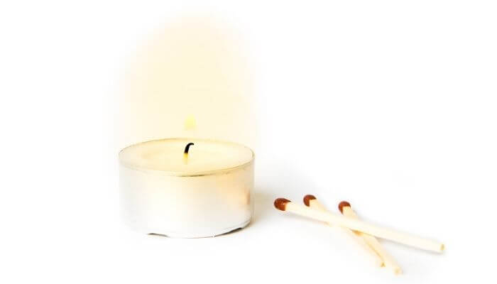 candle and matches