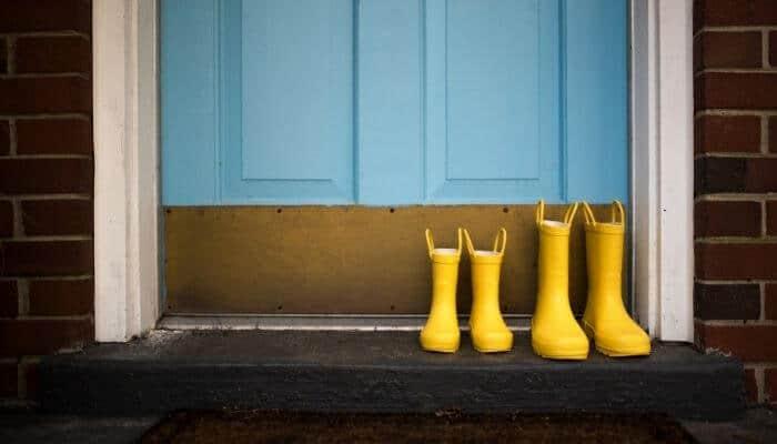 how to waterproof a door